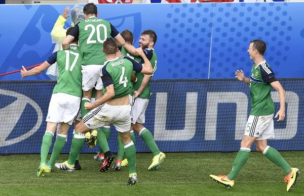 كأس اوروبا 2016: ايرلندا الشمالية تنعش آمالها بفوز تاريخي على اوكرانيا