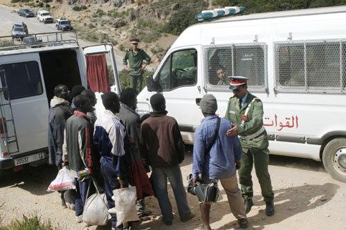 كلميم: إحباط محاولة جماعية للهجرة السرية لـ51 شخصا