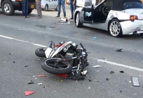 وفاة شخص في حادث اصطدام دراجة نارية بعمود كهربائي بسلا