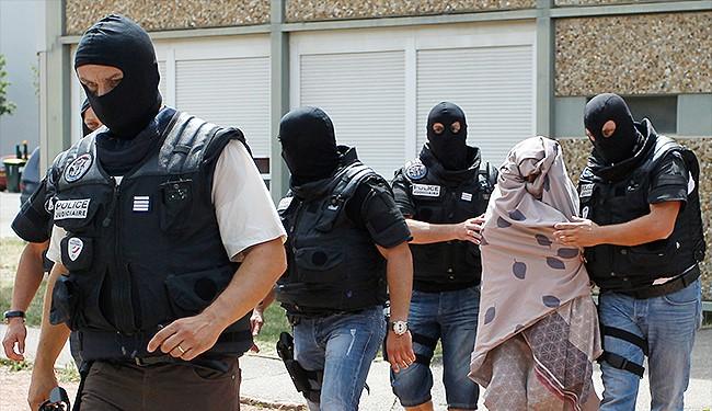 السجن ثلاث سنوات لفرنسية-تونسية بتهمة تمجيد الارهاب