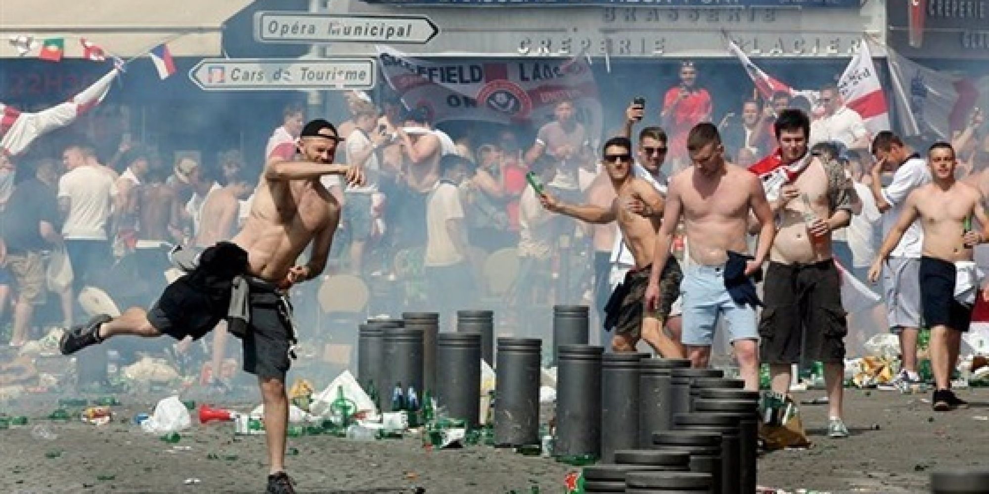"""بوتين ساخرا: """"كيف قام 200 مشجع روسي بالاعتداء على الاف المشجعين الانكليز"""""""