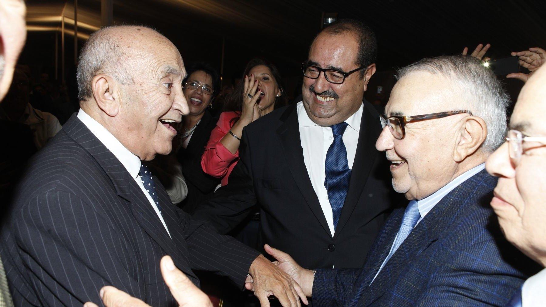مصالحة الاتحاد الاشتراكي مع تاريخه: رائد الصحافة المغربية محمد الباهي يجمع الزعيم عبد الرحمان اليوسفي ولشكر