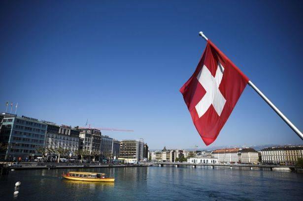 السويسريون يرفضون تأمين دخل أساسي لكل مواطن