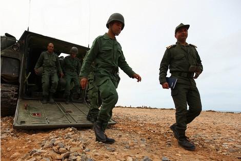 """جندي يقتل ثلاثة عسكريين من ضمنهم """"كولونيل"""" في منطقة حدودية"""