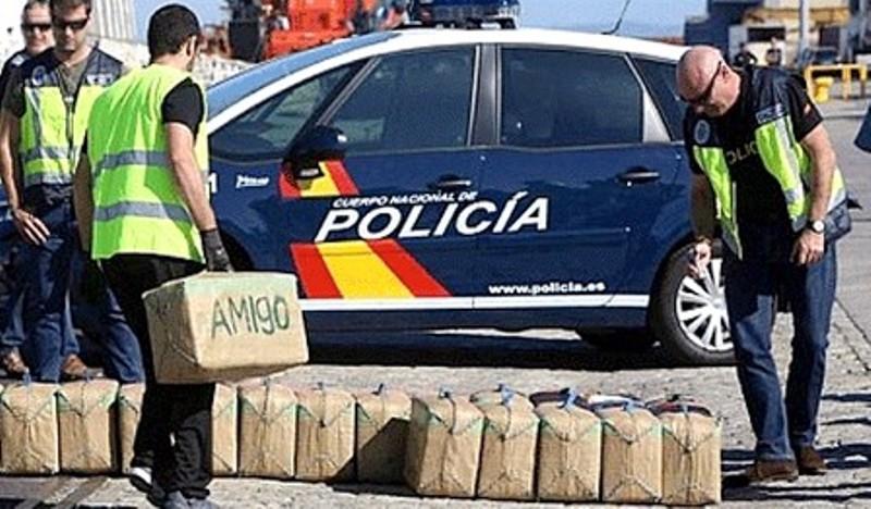 """القبض على مغربي يستعمل سيارة إسعاف فرنسية للاتجار في """"الماريخوانا"""" بإسبانيا"""