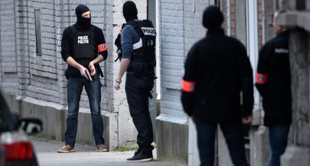 """بلجيكا تعتقل شخصين بتهمة المشاركة في أنشطة """"إرهابية"""""""