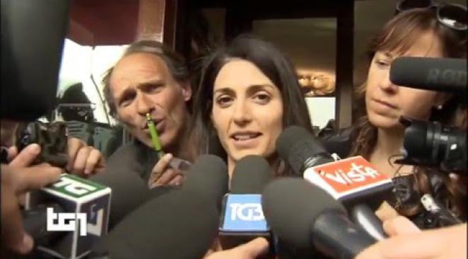 انتخاب الشعبوية كيارا أبيندينو رئيسة لبلدية تورينو في صفعة جديدة لحزب رينزي