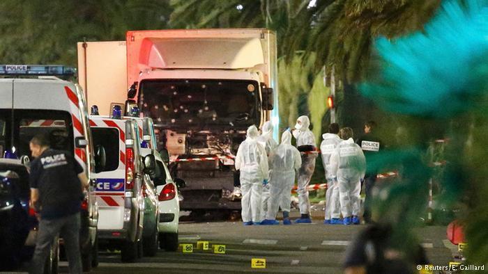 اعتداءات إرهابية تضرب فرنسا من جديد يوم عيدها الوطني