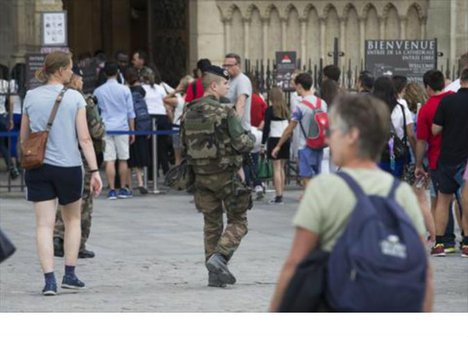 المنفذ الثاني للاعتداء داخل كنيسة فرنسية هدد فرنسا في تسجيل مصور