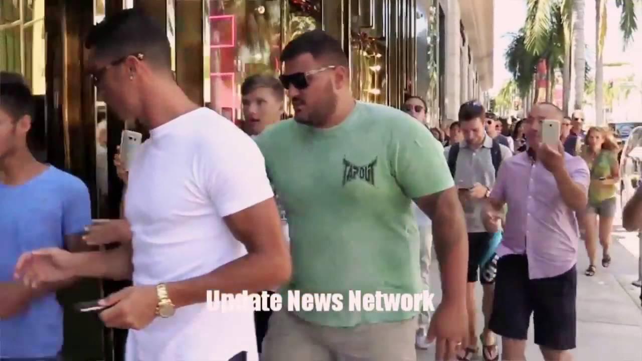 """رونالدو """"يُغضب"""" الجماهير بسبب تصرفه + فيديو"""