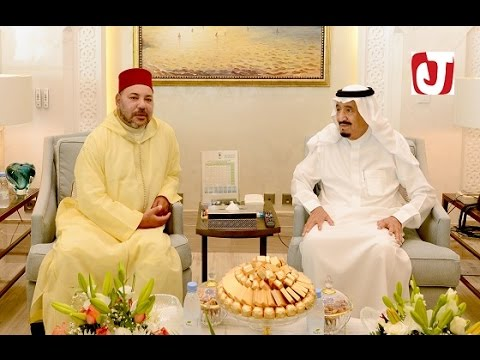 الملك محمد السادس يقوم بزيارة مجاملة وصداقة للعاهل السعودي سلمان بن عبد العزيز بمقر إقامته بطنجة