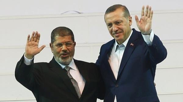 تركيا قبلة الإرهابيين حول العالم.. اسطنبول تستقبل جميع التنظيمات المسلحة.. الإرهابيون ومعبر للدواعش
