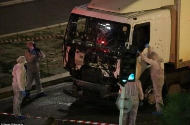 النيابة العمومية بتونس تأذن بفتح تحقيق ضد كل من يكشف عنه البحث على إثر العملية الإرهابية التي جدت أمس بمدينة نيس الفرنسية