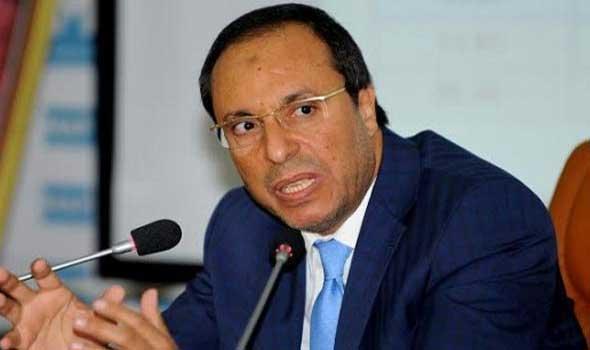 """الوزير اعمارة يخرج عن صمته متأخرا في قضية """"نفايات إيطاليا"""" ورد الحكومة لن يتأخر"""