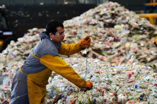نقيب المحامين المغاربة: استيراد النفايات الايطالية السامة جريمة مكتملة الأركان على وزارة العدل والحريات التدخل