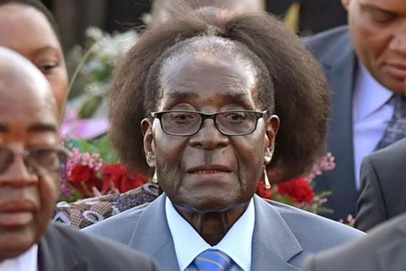 الغضب من رئيس زيمبابوي في وسائل التواصل الاجتماعي يتحول لانتفاضة شعبية