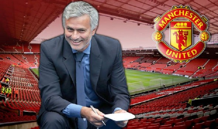 مورينيو يبدأ عمله في مانشستر يونايتد
