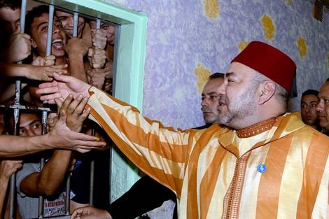 الملك يصدر عفوه السامي على 1272 شخصا بمناسبة عيد العرش المجيد