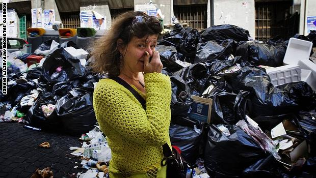 النشطاء المغاربة يواصلون حملة قوية لوقف فضيحة استيراد النفايات الإيطالية