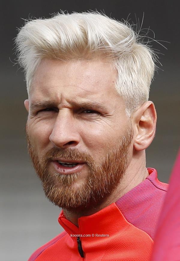 مظهر ميسي الجديد بداية متفائلة لجمهور برشلونة