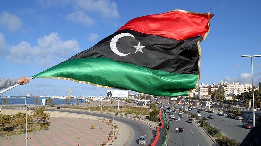 الليبيون يحتفلون بعيد الفطر وسط مشكلات اقتصادية وإحساس بالكآبة