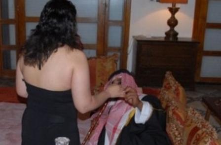 النقيب صادوق: ليس عدلا متابعة الفتيات المغربيات و إطلاق سراح شركائهن الخليجيين