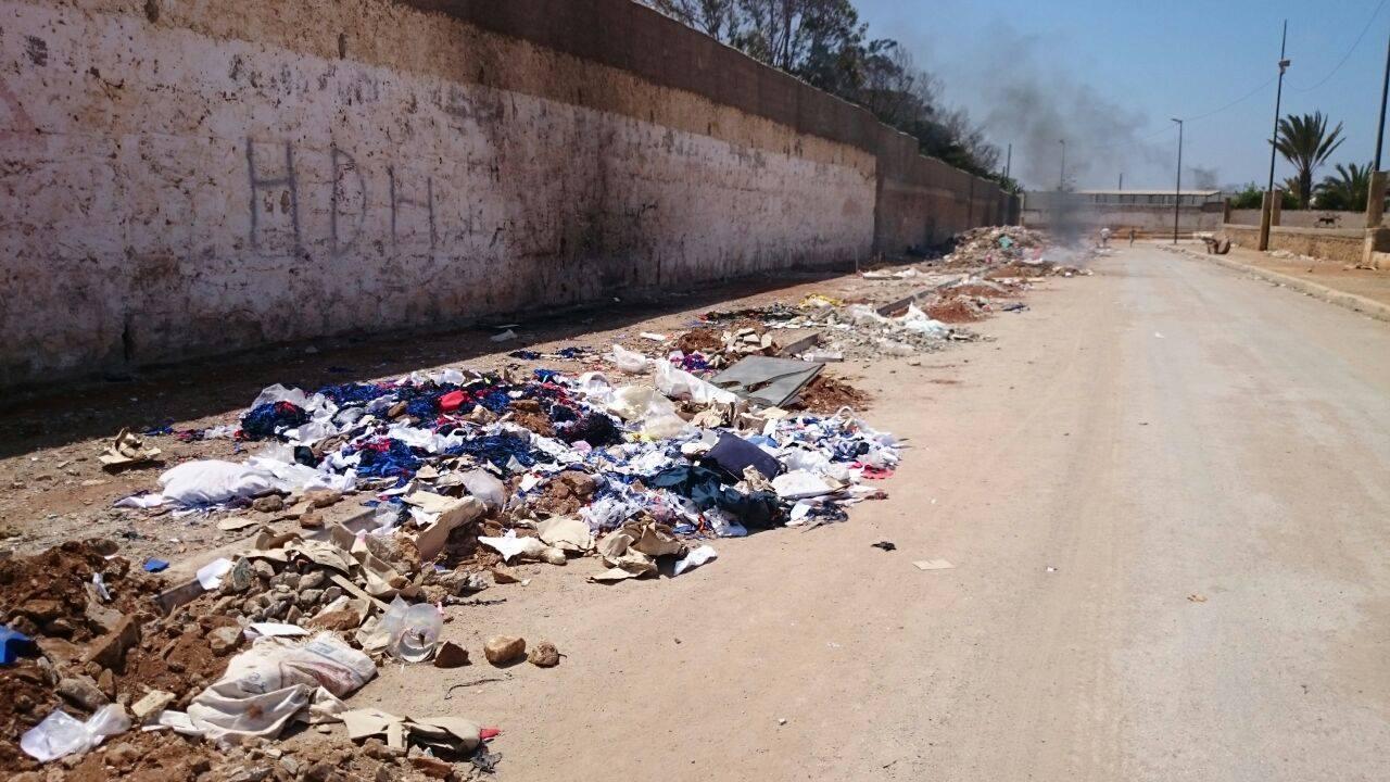 كارثة بحي الرحمة بسلا: أزبال، ثلوت…وغياب المسؤولين