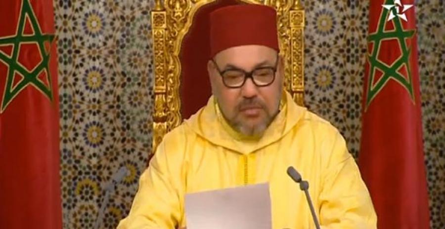 الملك يدعو المغاربة المقيمين بالخارج للتشبث بقيم دينهم وبتقاليدهم العريقة في مواجهة ظاهرة التطرف والإرهاب