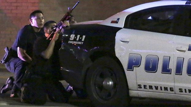 تفجر أعمال عنف عقب قتل الشرطة الأمريكية مشتبها به