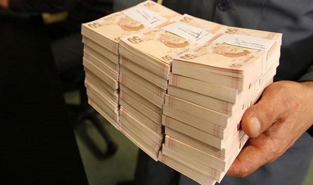 الأتراك حولوا 11 مليار دولار للعملة المحلية عقب محاولة الانقلاب
