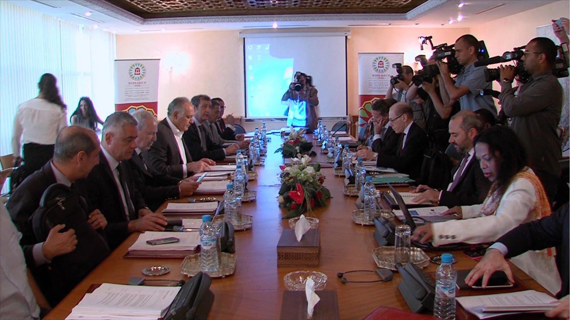 مزوار ييتباحث مع الأمين التنفيذي بالنيابة للاتفاقية الإطار للأمم المتحدة بشأن التغيرات المناخية