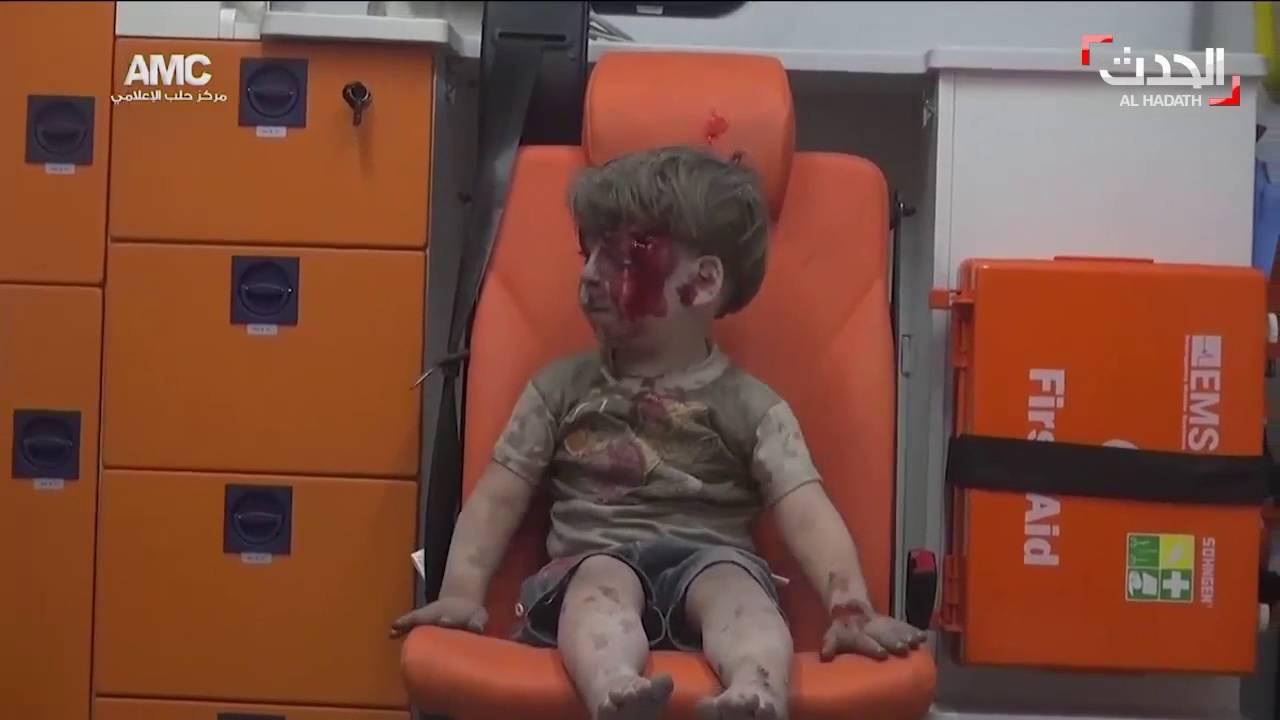 مصور «الطفل عمران»: اعتقدت أن إصابته قاتله.. وأوثق جرائم «الأسد» يوميًا