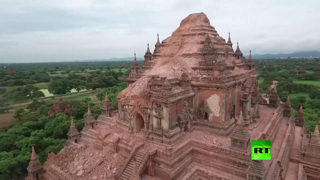 طائرة من دون طيار تصور المعبد البوذي المتضرر من زلزال ميانمار
