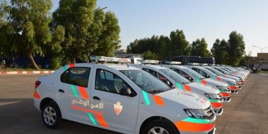 تسليم 51 سيارة و10 دراجات نارية لولاية الأمن بوجدة