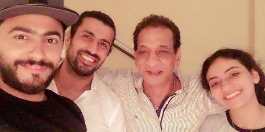 «تامر حسني» يوقع عقد فيلم «البنطلون»