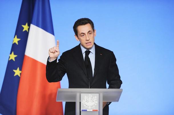 ساركوزي يعلن ترشيحه للانتخابات التمهيدية لحزبه اليميني لخوض السباق الرئاسي