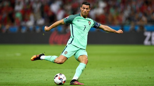 البرتغالي رونالدو أفضل لاعب في أوروبا