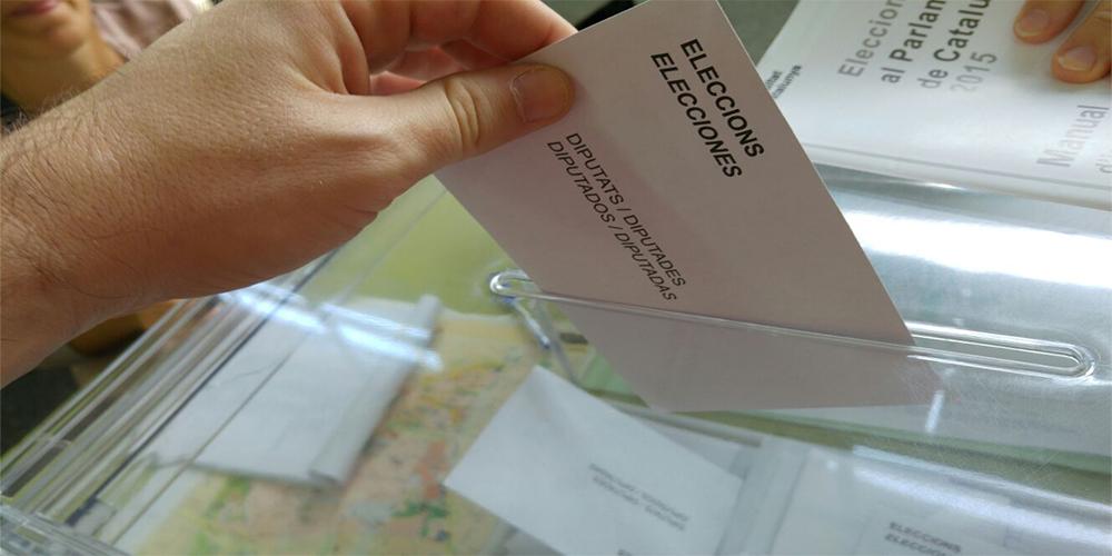 رفض الاشتراكيين دعم تشكيل حكومة أقلية محافظة سيقود إلى إسبانيا لانتخابات برلمانية ثالثة