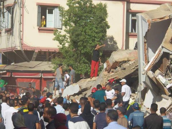 ولاية الدار البيضاء تعلن رسميا وفاة شخصين وإصابة 24 في حادث انهيار عمارة