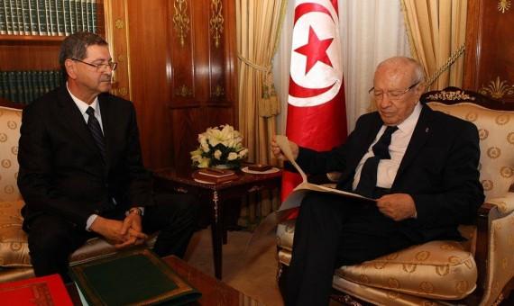 تحليل: حكومة تونس الجديدة تواجه ضغوطا قوية قبل أن تبدأ