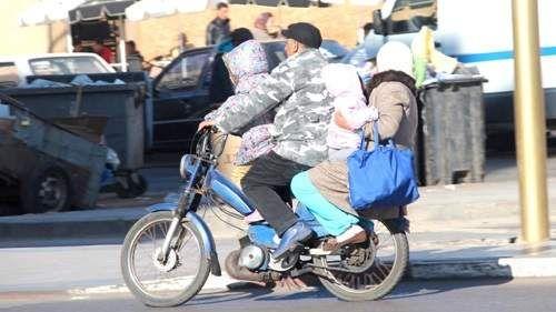 دراسة تؤكد أن ارتداء الخوذة يمنع الإصابات الخطيرة بالرأس في حوادث الدراجات