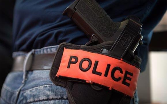 بوليسي بسلا.. يضطر لاستخدام سلاحه من أجل توقيف مشتبه فيه عمل على إحداث حالة من الفوضى بالشارع العام