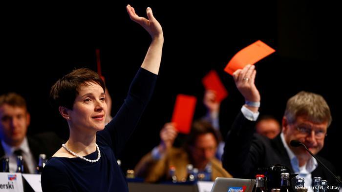 اليمين الشعبوي الالماني يهزم حزب ميركل بعد عام من استقبال المهاجرين