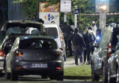 اتهام امرأة بالضلوع بمحاولة تفجير سيارة مفخخة في باريس