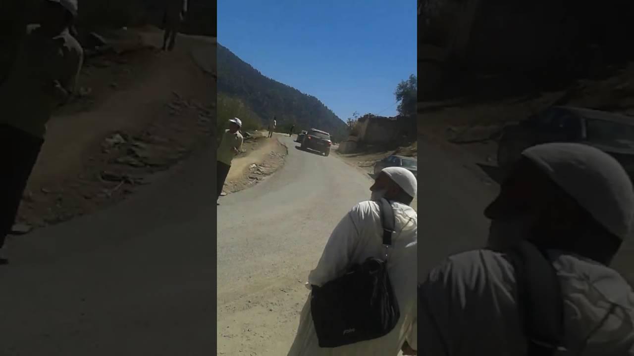 طرد مرشحي الأصالة و المعاصرة بالحجارة من تيلوكيت القروية باقليم ازيلال
