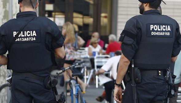 اعتقال مغربي بكاتالونيا لتمجيده الإرهاب على الإنترنت