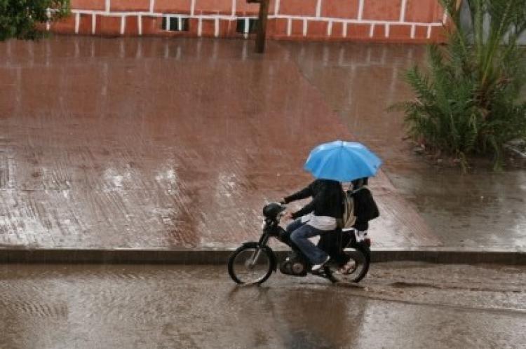 إنتبهوا: زخات مطرية رعدية قوية بعدد من المدن المغربية من الثانية بعد الزوال إلى غاية منتصف الليل (نشرة خاصة)