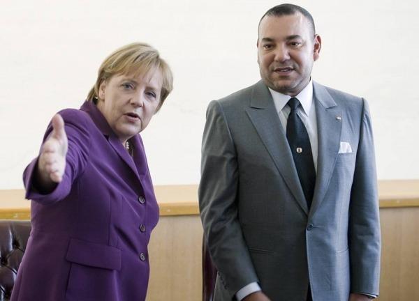 الملك محمد السادس يجري اتصالا هاتفيا مع المستشارة الألمانية  أنجيلا ميركل وقضايا الهجرة مطروحة