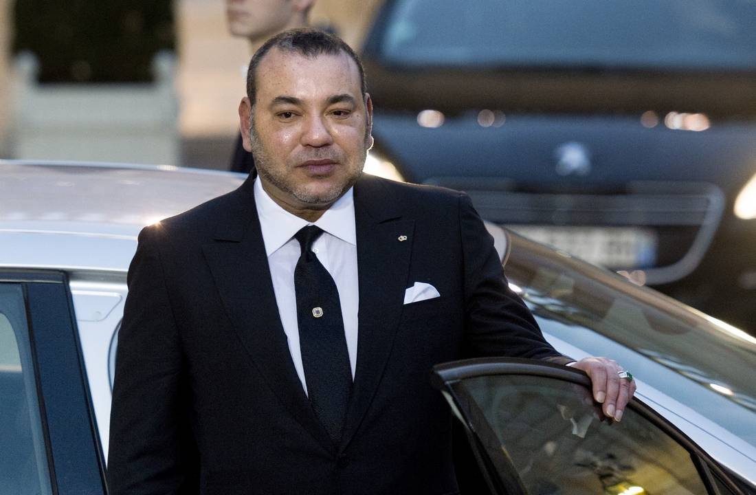 """الملك يترأس بطنجة حفل التوقيع على بروتوكول اتفاق يهم إحداث منظومة صناعية لمجموعة """"بوينغ """" بالمغرب"""