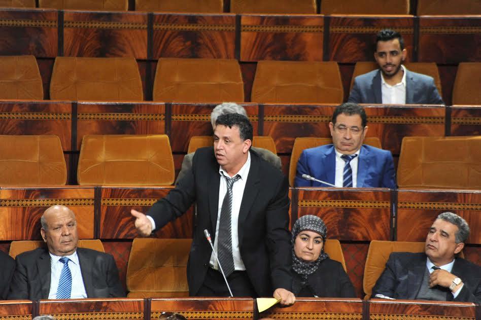 في سابقة في تاريخ القضاء الإداري بالمغرب: القيادي والمحامي وهبي ينتزع حكما باقتطاعات مالية من الأجر الشهري للوزير بلمختار